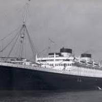 Quelle est le dernier navire de la compagnie ? paquebot de 1960